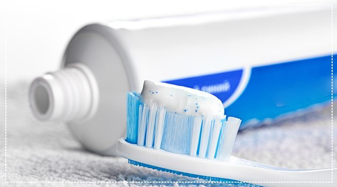 SLS Free Toothpaste: Does it Make a Difference?